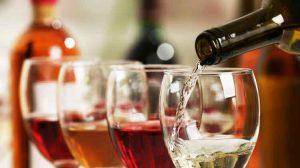 """6 ข้อมูลสำคัญ!! นักจิบไวน์ มือใหม่ควรรู้ก่อน """"หยิบ"""""""